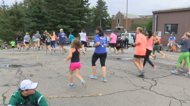 Mercyhurst students host 5k to benefit Hurricane Harvey relief efforts