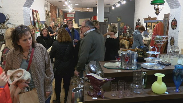 419 Artifacts opens its doors for the last Gallery Night