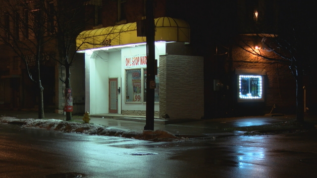 Police Searching for Gunman Who Robbed West Side Store