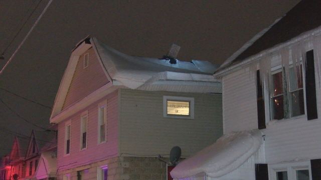 Roof Collapse Displaces 5 People, Red Cross Helps