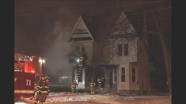 Investigators searching for cause of east Erie fire